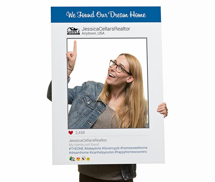 Corefact Social Media Frame - 04